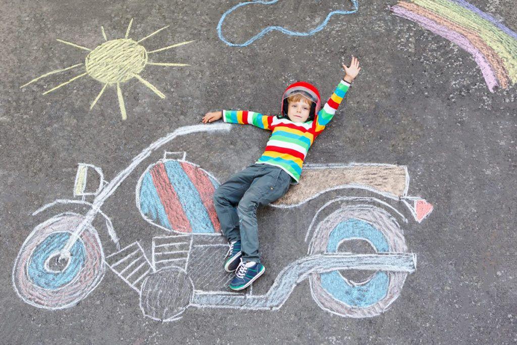 Motos para niños, diferencias de motos de gasolina y batería